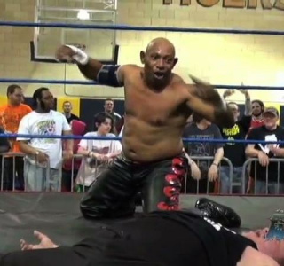 6:05 Eastern Time: The Best of Saturday Night in AIW